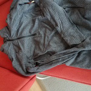 Lululemon Run to reset 1/2 zip jacket